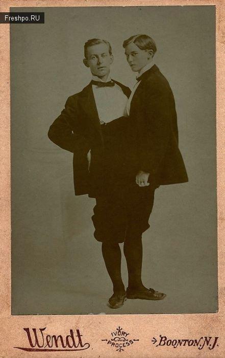 Два мужика в одном теле и костюм