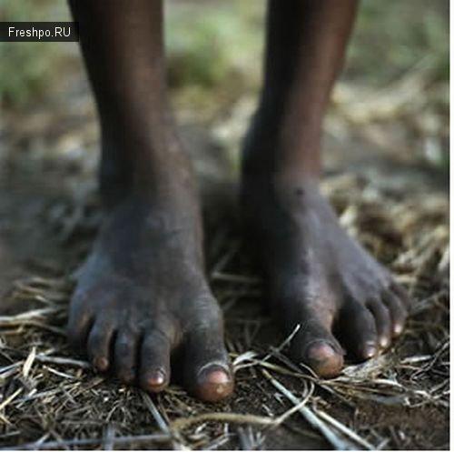 """Особенности дикого футбола или как играют в """"футбол"""" африканские дети!"""