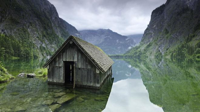 Самые красивые заброшенные места на Земле (33 фото)