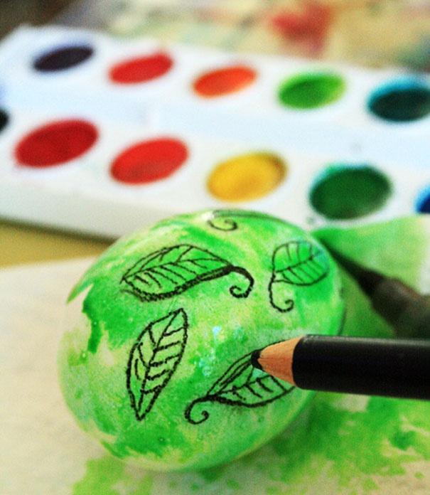 15 творческих  идей  украсить пасхальные яйца